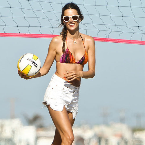 See Victoria's Secret and New Mum Alessandra Ambrosio's Vacation Style! Off-Duty Bikini Chic At It's Best!