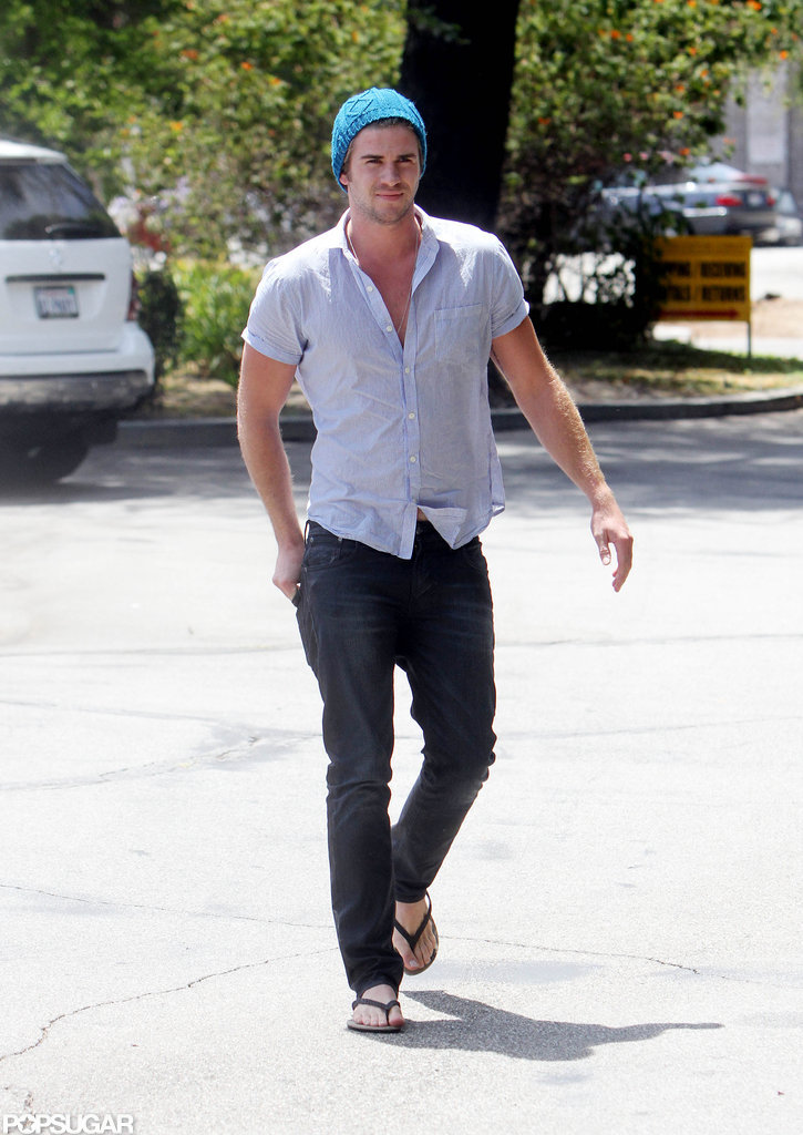 Liam Hemsworth was in flip-flops.