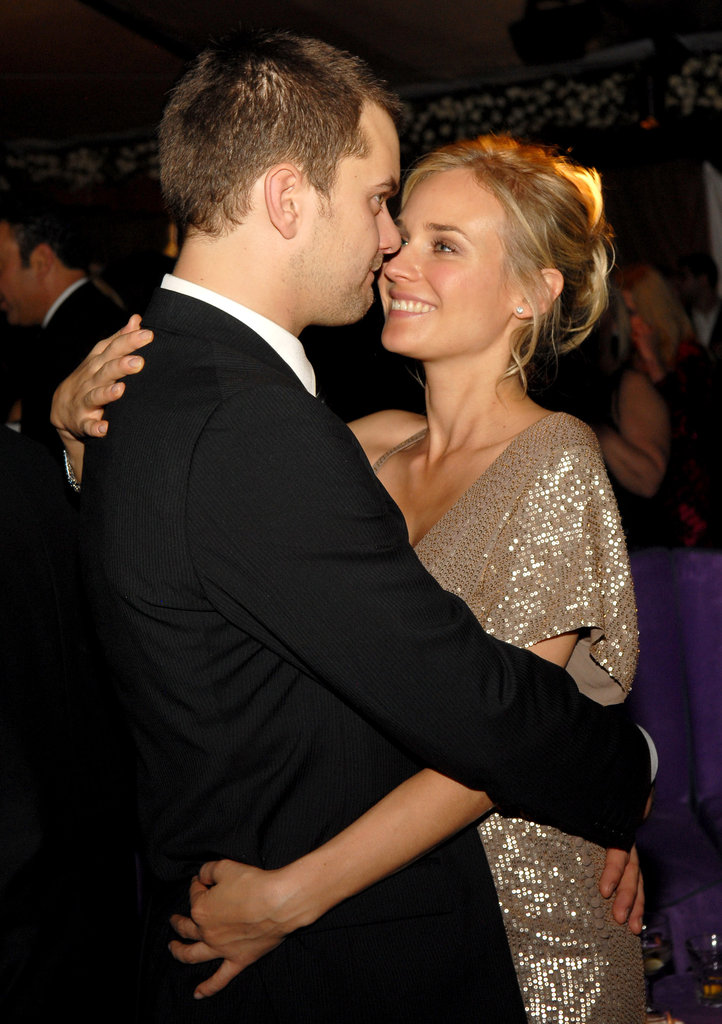 Joshua Jackson and Diane Kruger shared an embrace at the Screen Actors Guild Awards after party in January 2007 while in LA.