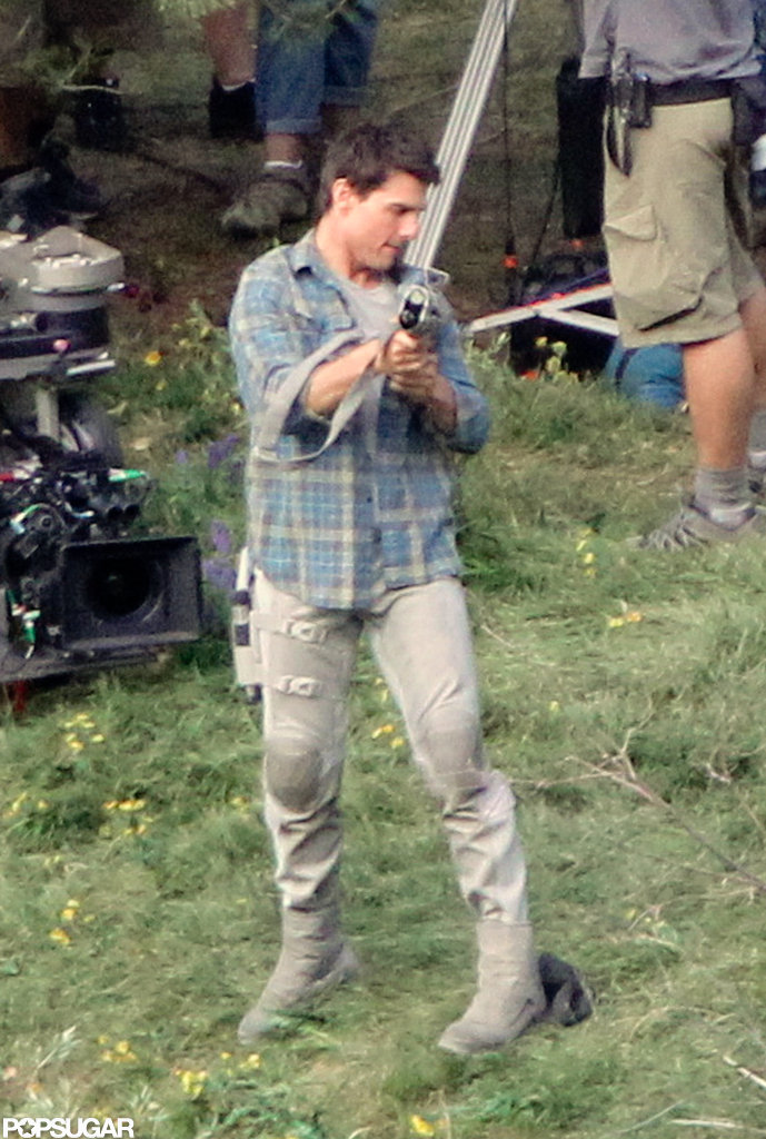 Tom Cruise readied the prop gun.