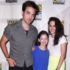 The Cullen family joked about reboots while Rob and Kristen talked sex ...