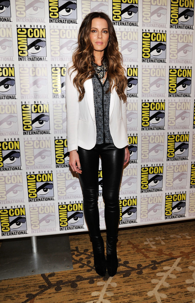 Kate Beckinsale paired black leather Rag & Bone leggings with a cool monochromatic palette on top.