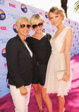 Ellen DeGeneres and Portia de Rossi got together with Taylor Swift at the Teen Choice Awards.
