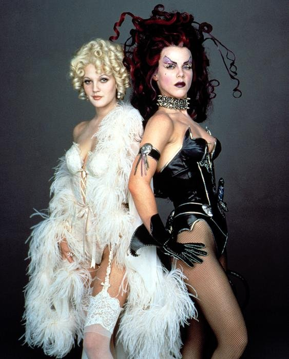 Drew Barrymore and Debi Mazar as Sugar and Spice