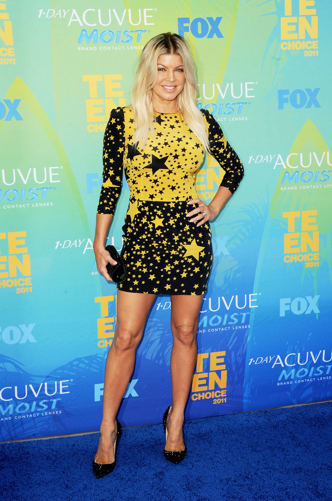 Fergie stepped onto the blue carpet for the 2011 show decked out in stars.