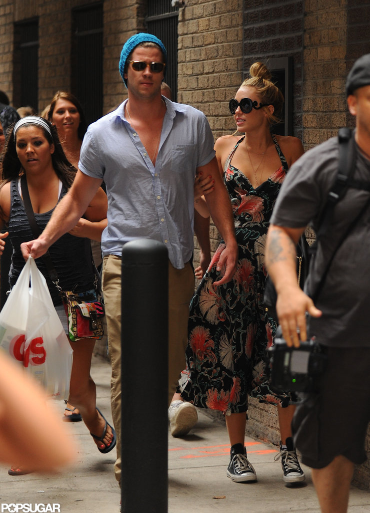 Miley Cyrus and Liam Hemsworth Feel the Love From Fans in Philadelphia