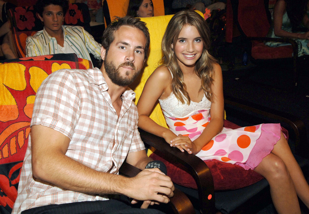 Ryan Reynolds sat next to Emma Roberts at the 2005 Teen Choice Awards.