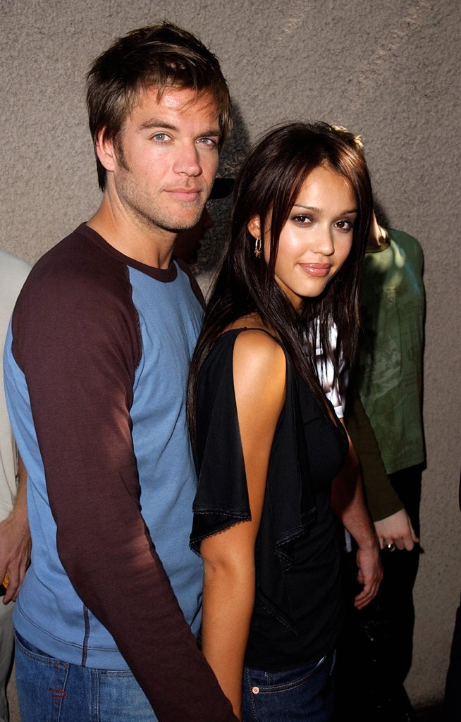 Jessica Alba and Michael Weatherly, 2001