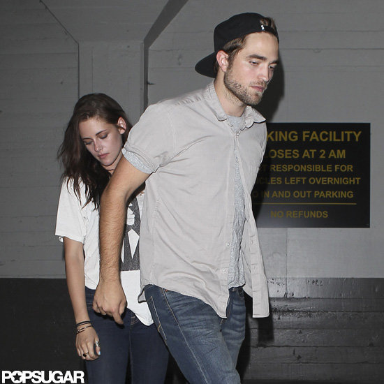 Robert Pattinson and Kristen Stewart held hands.