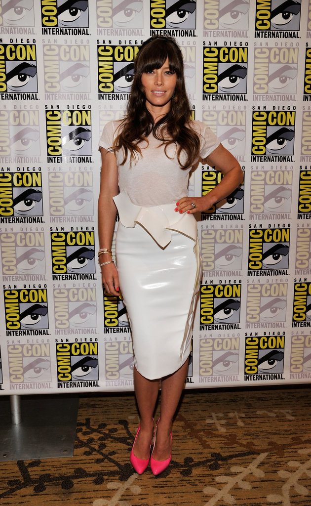 Jessica Biel played up her curves in a peplum-trimmed Mugler look at Comic-Con.