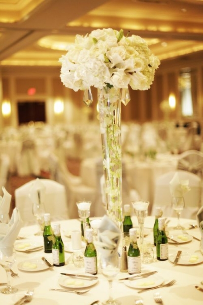 Incredible Tall Wedding Flower Centerpiece Ideas 400 x 600 · 152 kB · jpeg