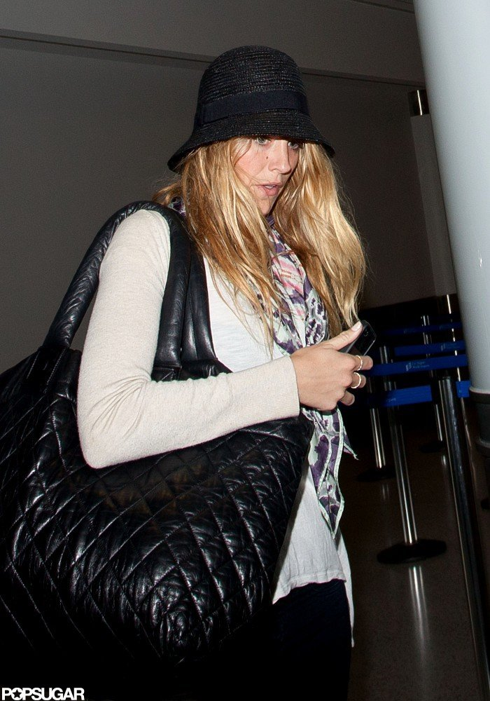 Blake Lively carried a Chanel bag a LAX.