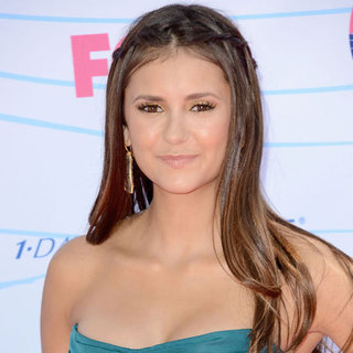 Nina Dobrev's Beauty Look at the 2012 Teen Choice Awards