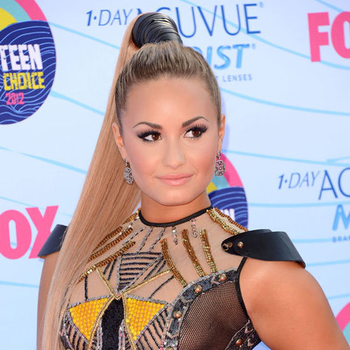 Demi Lovato's Beauty Look at the 2012 Teen Choice Awards