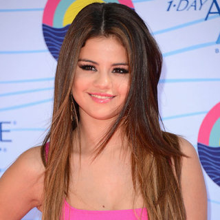 Selena Gomez's Beauty Look at the 2012 Teen Choice Awards
