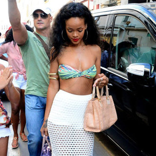 How to Wear Bikinis With Skirts (Celebrity Pictures)