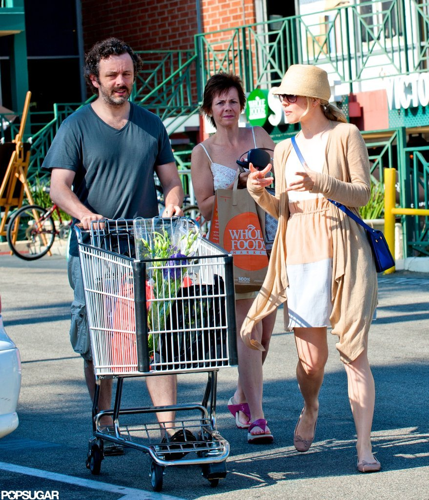 Michael Sheen and Rachel McAdams picked up groceries at Whole Foods.