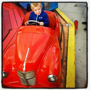 Kerri Walsh captured her son riding a ride in London.  Source: Instagram user kerrileewalsh