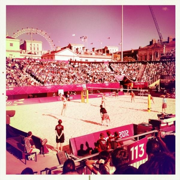 Mark Hoppus watched beach volleyball.  Source: Twitter user markhoppus