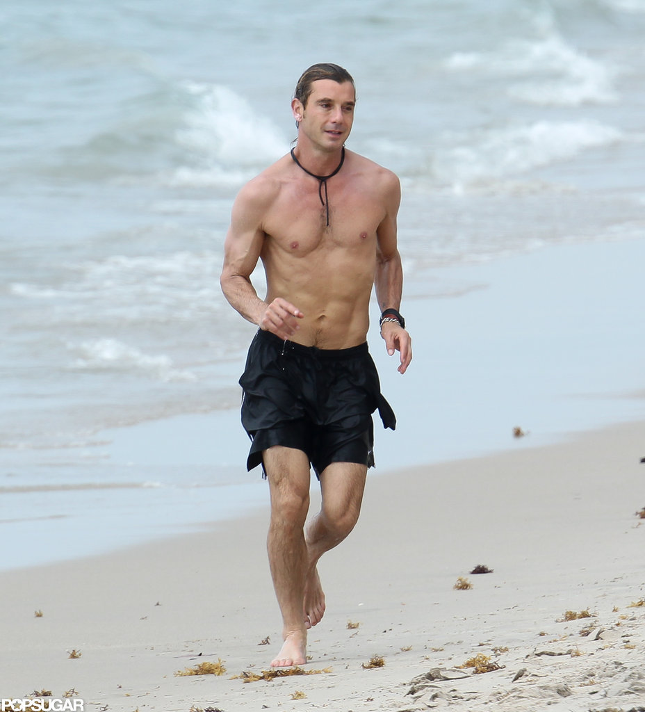 Gavin Rossdale showed his chiseled abs.