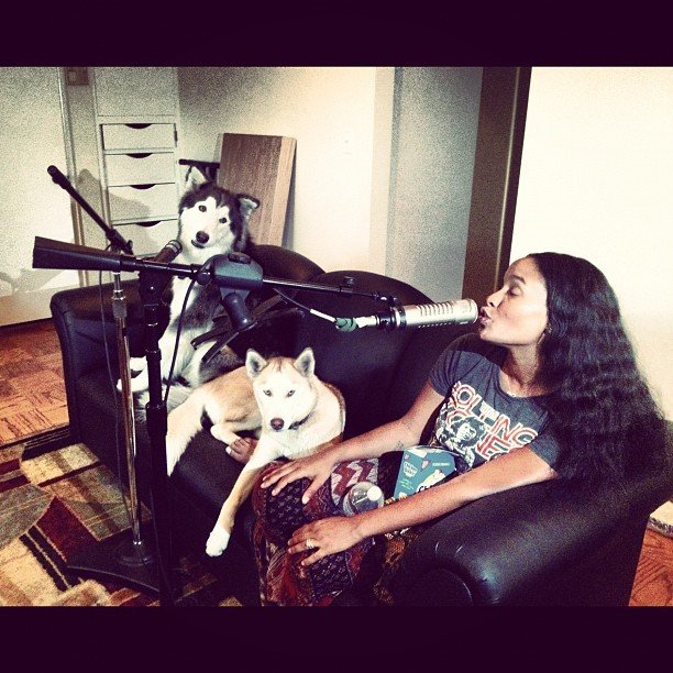 Joy Bryant sang a few ballads with her dogs. Source: Instagram user joybeezy