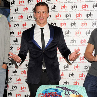 Ryan Lochte Parties at Planet Hollywood | Pictures