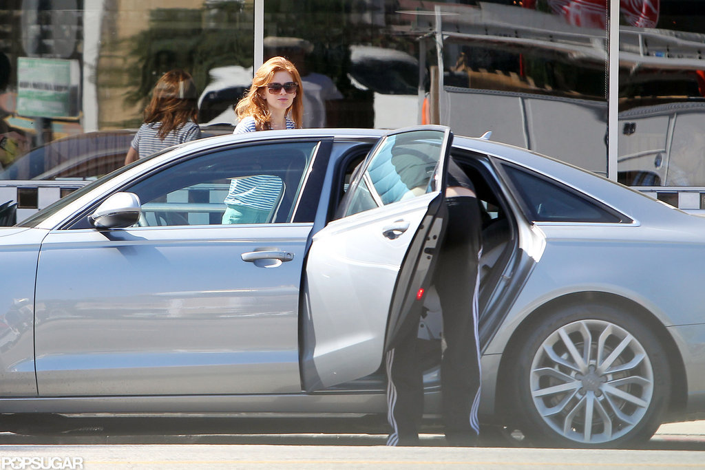 Isla Fisher and husband Sacha Baron Cohen had a breakfast date.