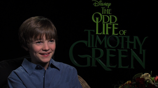 "The Odd Life's CJ Adams Talks ""Family"" Fun on Set With Jennifer Garner"