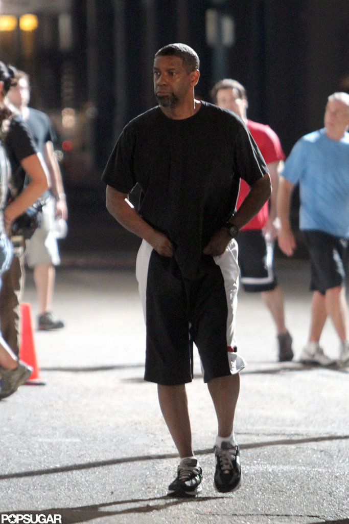 Denzel Washington headed to his trailer on the set of 2 Guns.