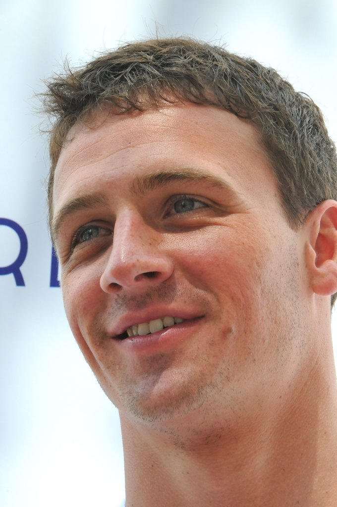 Ryan Lochte Heads to Vegas —For a Shirtless Pool Party, of Course!
