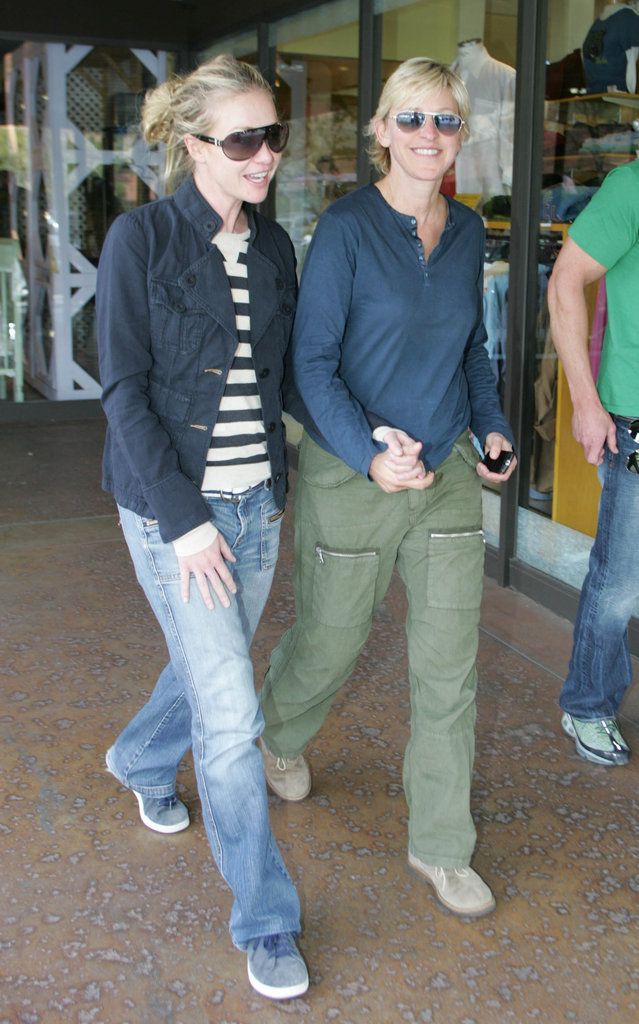 Portia de Rossi held Ellen DeGeneres's hand during an April 2007 stroll in LA.