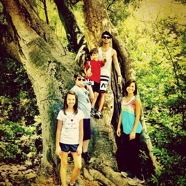 Joe Jonas went on a hike with his family.  Source: Instagram user adamjosephj