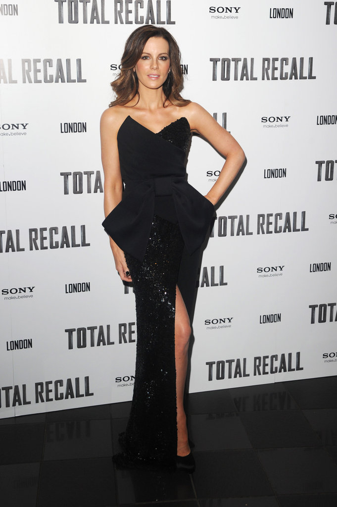 Kate Beckinsale posed at the UK premiere of Total Recall.