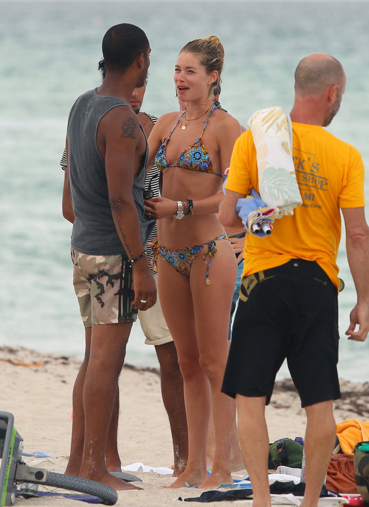 Sunnery James made Doutzen Kroes laugh on a beach in Miami.