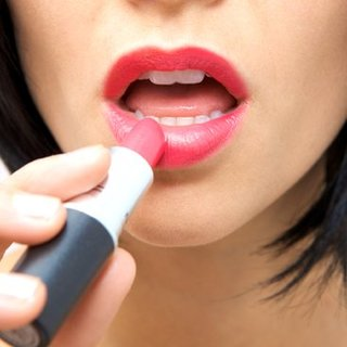How to Fake Full Lips