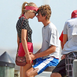 Taylor Swift Kissing Conor Kennedy | Pictures
