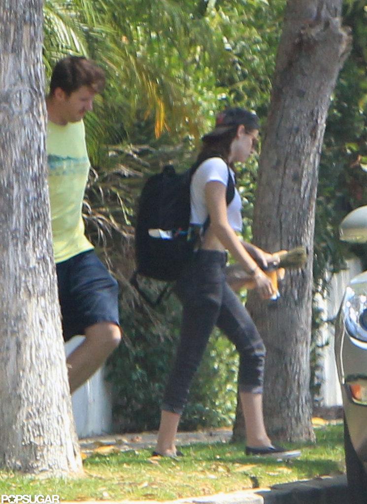 Kristen Stewart wore a backpack.