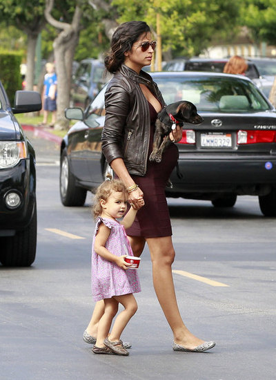 Camila Alves-McConaughey and Vida held hands.