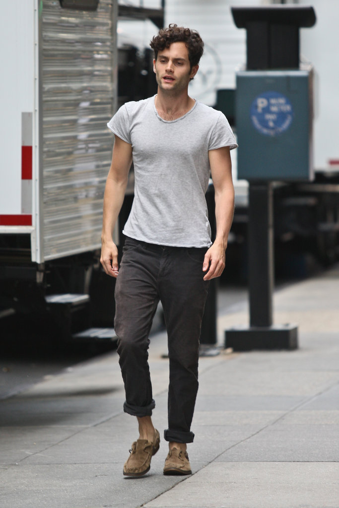 Penn Badgley Photos