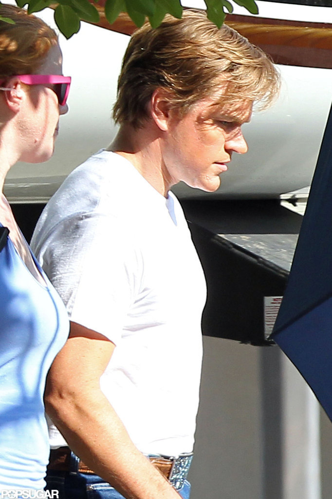 Matt Damon wore a white t-shirt on set.