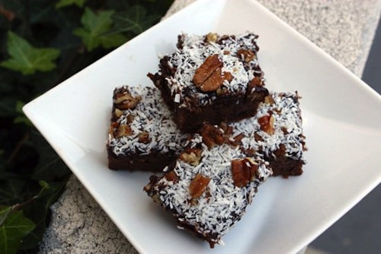 With no added sugar or oil, these healthy German chocolate brownies are nothing to feel guilty about. Bake a batch of these brownies for a chocolatey dessert. The protein comes from Greek yogurt and peanut butter. How can you say no?