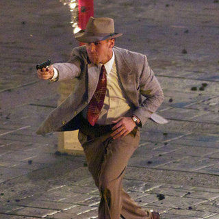 Ryan Gosling Filming Gangster Squad | Pictures