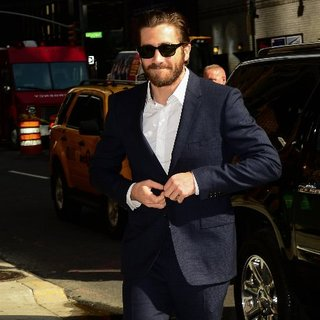 Jake Gyllenhaal at Late Night With Letterman NYC Pictures