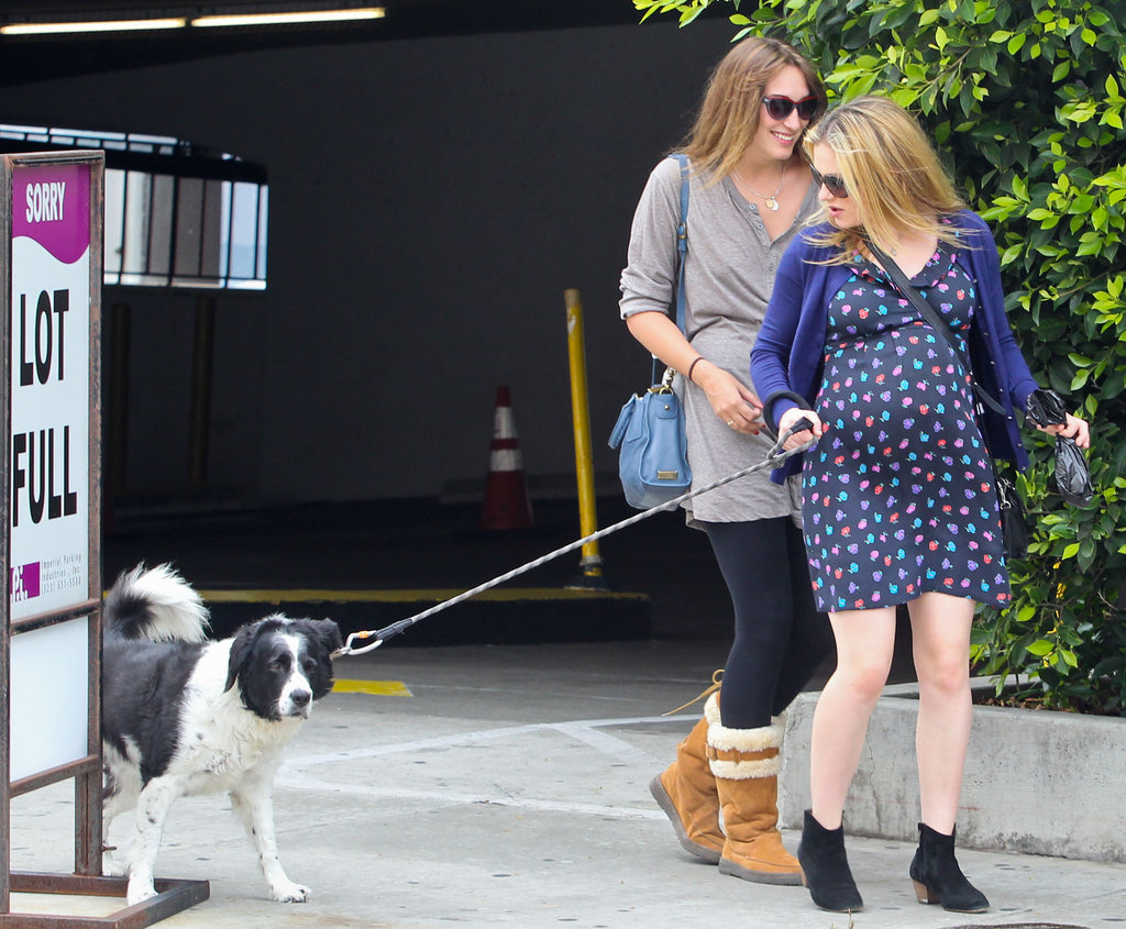 Anna Paquin hung out with her pup Splash.