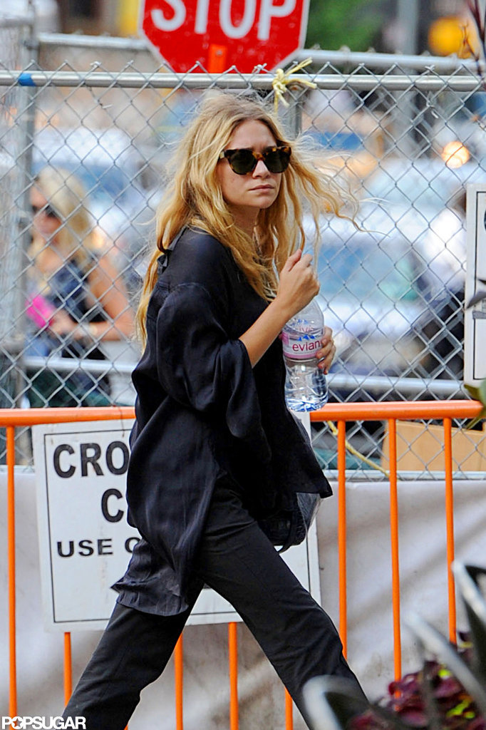 Ashley Olsen took a stroll in NYC.