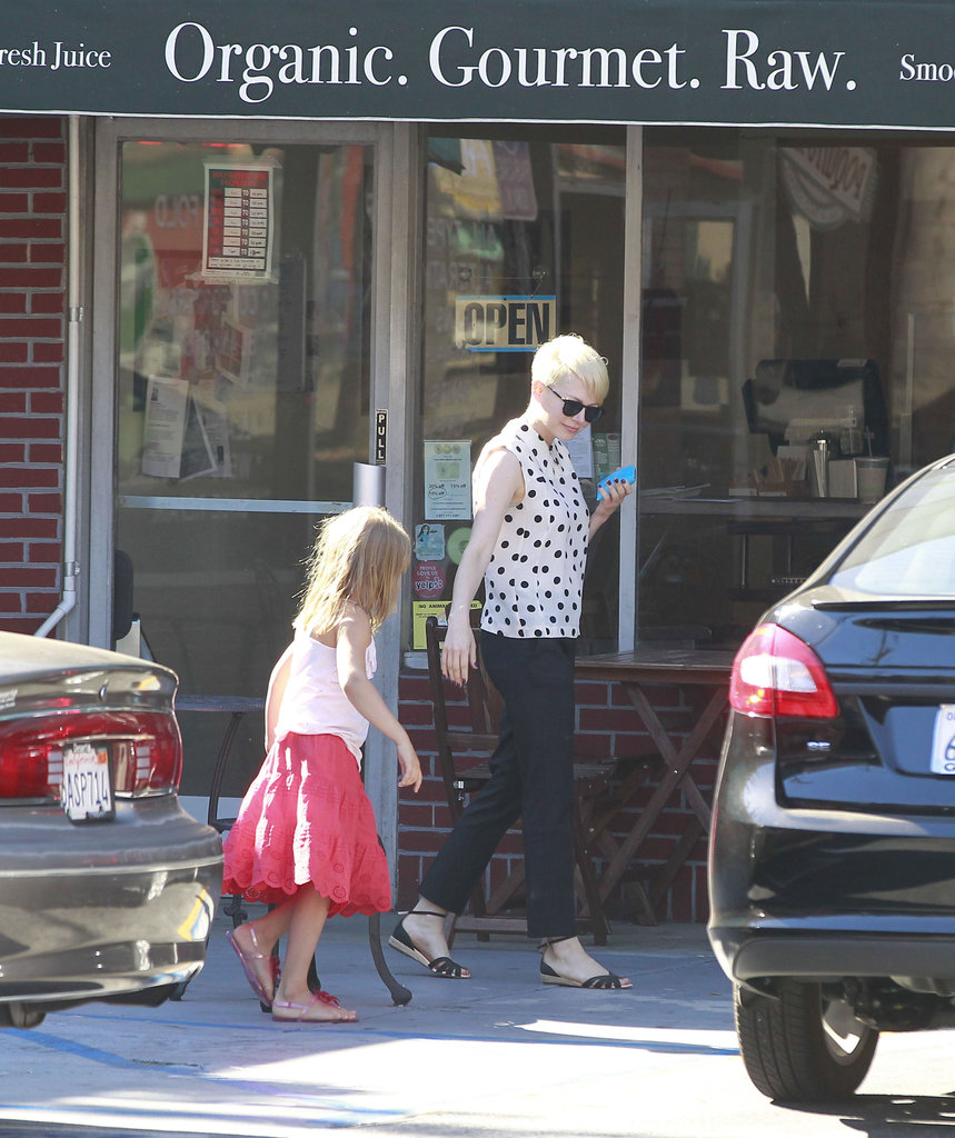 Michelle Williams, Matilda Ledger, and Jason Segel ate organic ice cream.