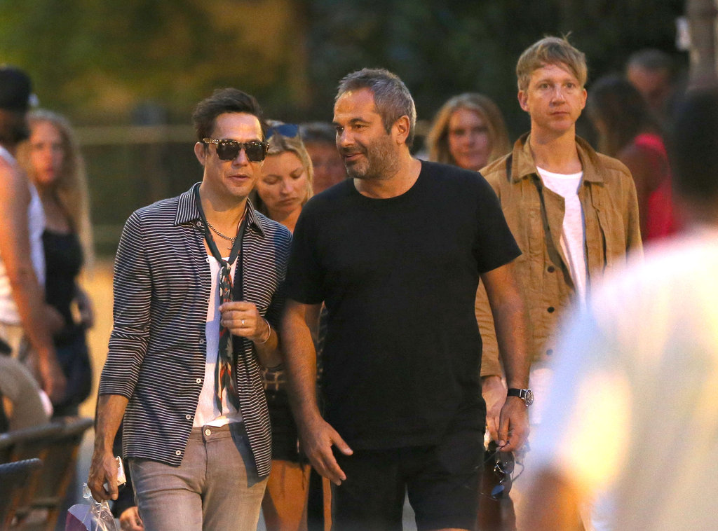 Kate Moss and Jamie Hince had a night out with friends in Saint-Tropez.