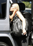 Gwen Stefani put Zuma Rossdale in his car seat.