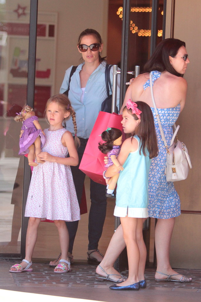 Jennifer Garner and Violet Affleck left a store together in LA.