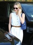 Kate Bosworth carried a blue purse while heading to get her nails done.